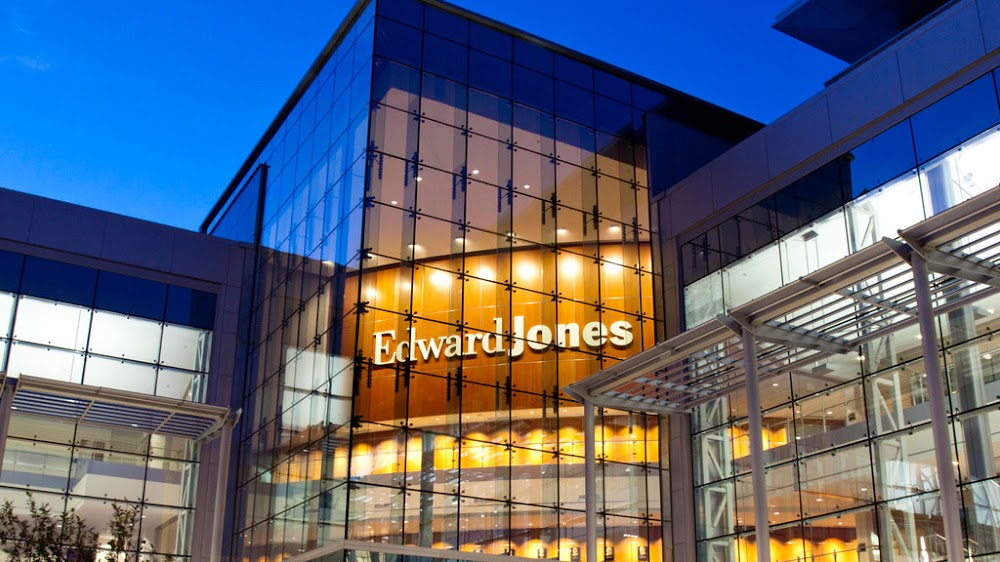 Edward Jones – Financial Advisor: David W Belanger