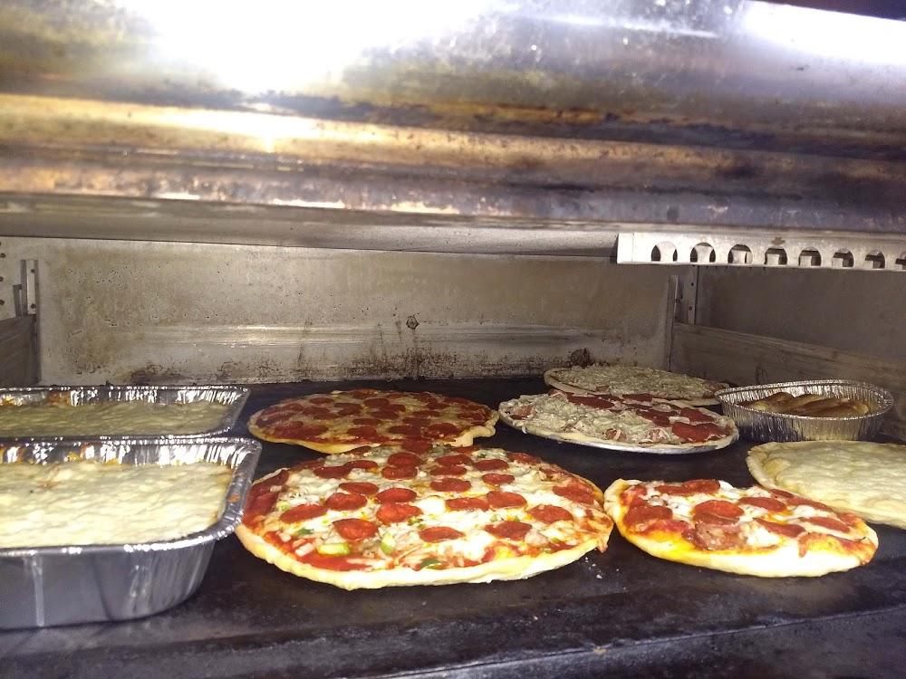 Hugo's Pizza